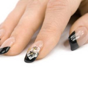 Дизайн ногтей с черным кружевом фото