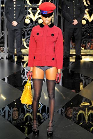 Louis Vuitton Осень-зима 2011-2012 Ready-to-Wear ,Неделя моды в Париже.