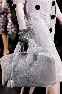 Осенний тренд 2011: Клатч, меховые сумки.