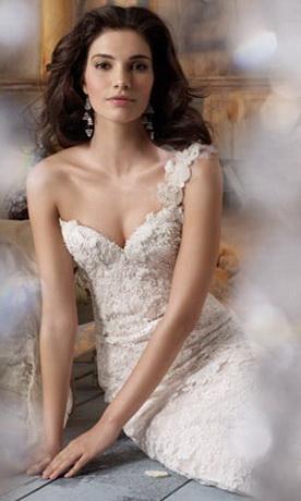 Модные платья 2012: нежные и романтичные.