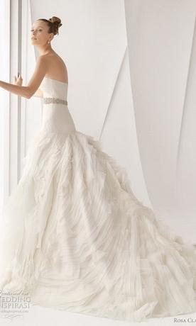 Свадебные платья от Rosa Clara.  Твитнуть.