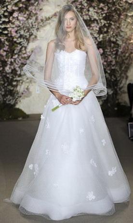 Свадебная мода весна - лето 2012: свадебные платья А-силуэта - модный.