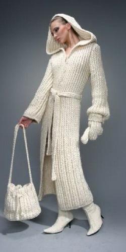 свой цитатник или сообщество!  Хит сезона 2011-2012 - модное вязаное пальто.  Пересматривала папки на компе с...