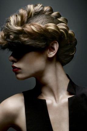 косы и кружевные косы вечерние прически фото.