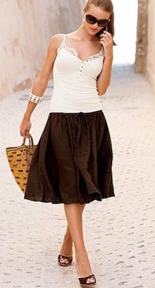 Юбка-трапеция - одна из наиболее универсальных юбок подходящих...