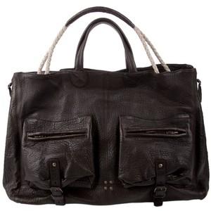 Куплю КУплю бооооольшую коричневую/темно рыжую сумку.