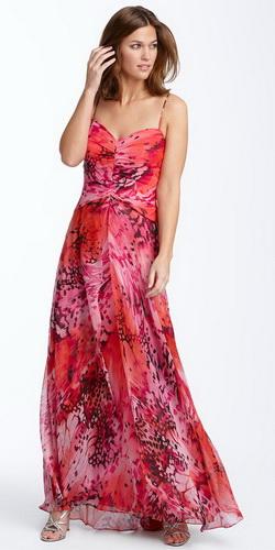 Помогите с выкройкой длинного вечернего платья с декольте на спине с.