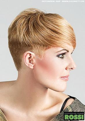 Длина волос в этой стрижке...  Прически, имеющие. геометрическую форму.