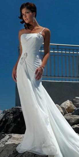 Плиссированное свадебное платье белого фото.