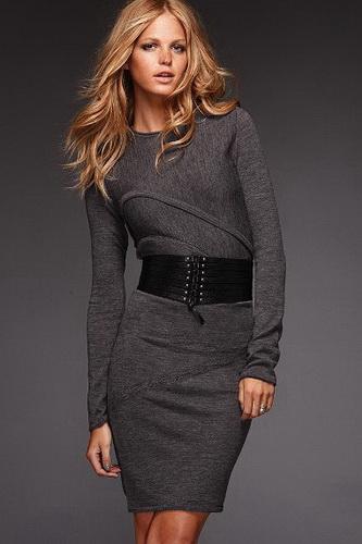 Модные вязаные платья 2012 - фото.  Великолепно дополнит вечернее платье...