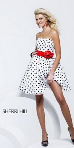 Самые красивые платья на выпускной 2011г